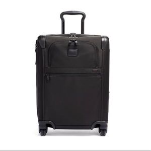 Tumi Continental Expandable 4 Wheeled Carry-On NWT